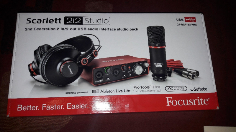 Focusrite Scarlett 2i2 Studio Pack