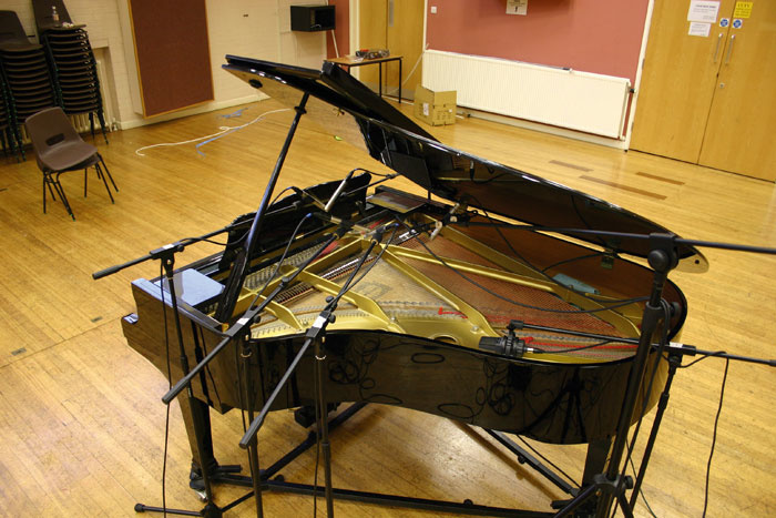 miking a grand piano